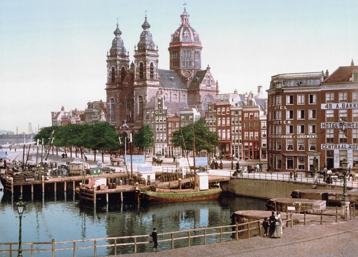 Amsterdam_St_Nicolaaskerk_1900