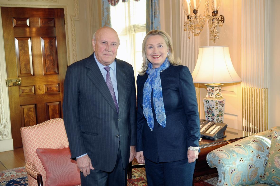 Secretary_Clinton_Meets_With_Former_South_African_President_F.W._de_Klerk.jpg