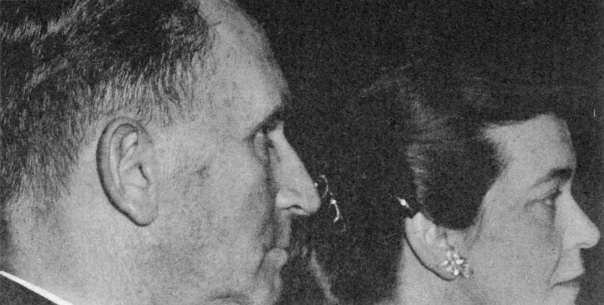 Adv_Hans_en_mev_Susan_Stijdom,_11_September_1957.jpg