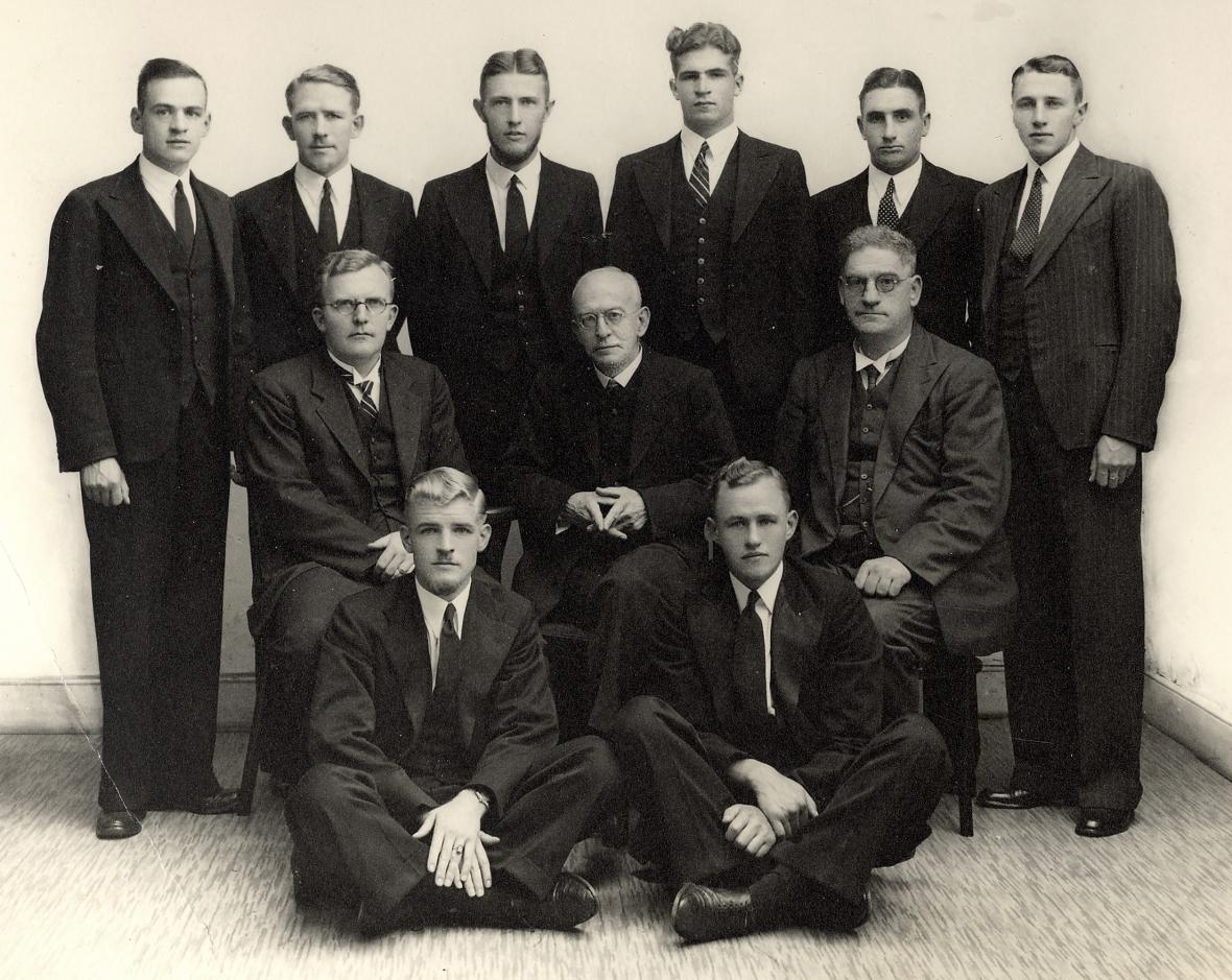 professore_en_studente_van_die_teologiese_skool_potchefstroom_1941.jpg