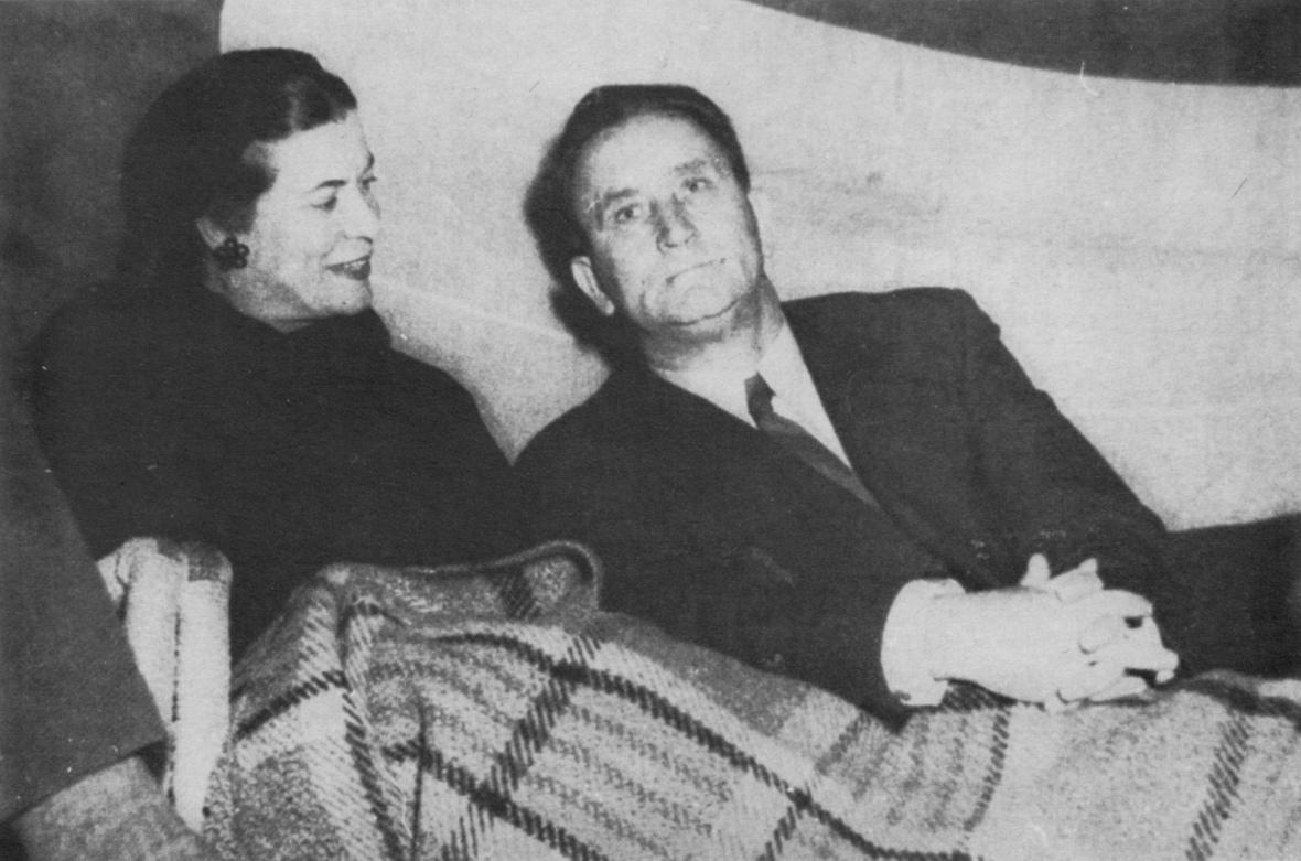 Susan_en_Hans_Strijdom_tydens_die_1958-verkiesingsveldtog.jpg