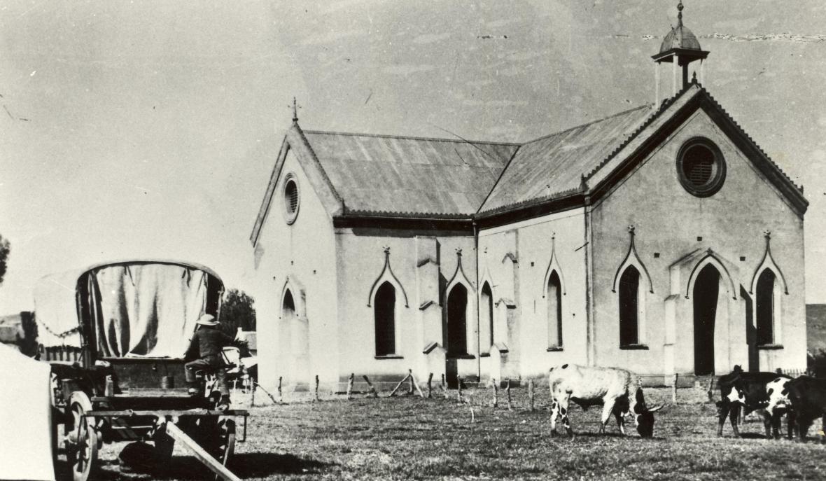 GK Pretoria vergrote kruiskerk kerkgebou.JPG