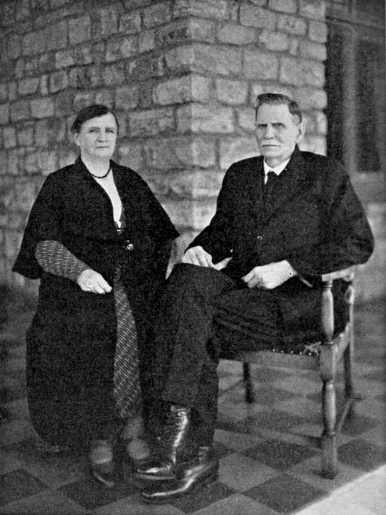 Mev_Abrahama_en_ds_Louis_Vorster,_15_Mei_1934,_Pretoria.jpg