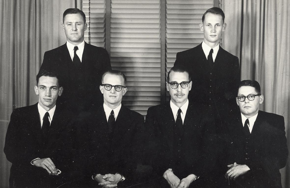 Vierdejaarstudente_aan_die_Teologiese_Skool_Potchefstroom,_1954.jpg