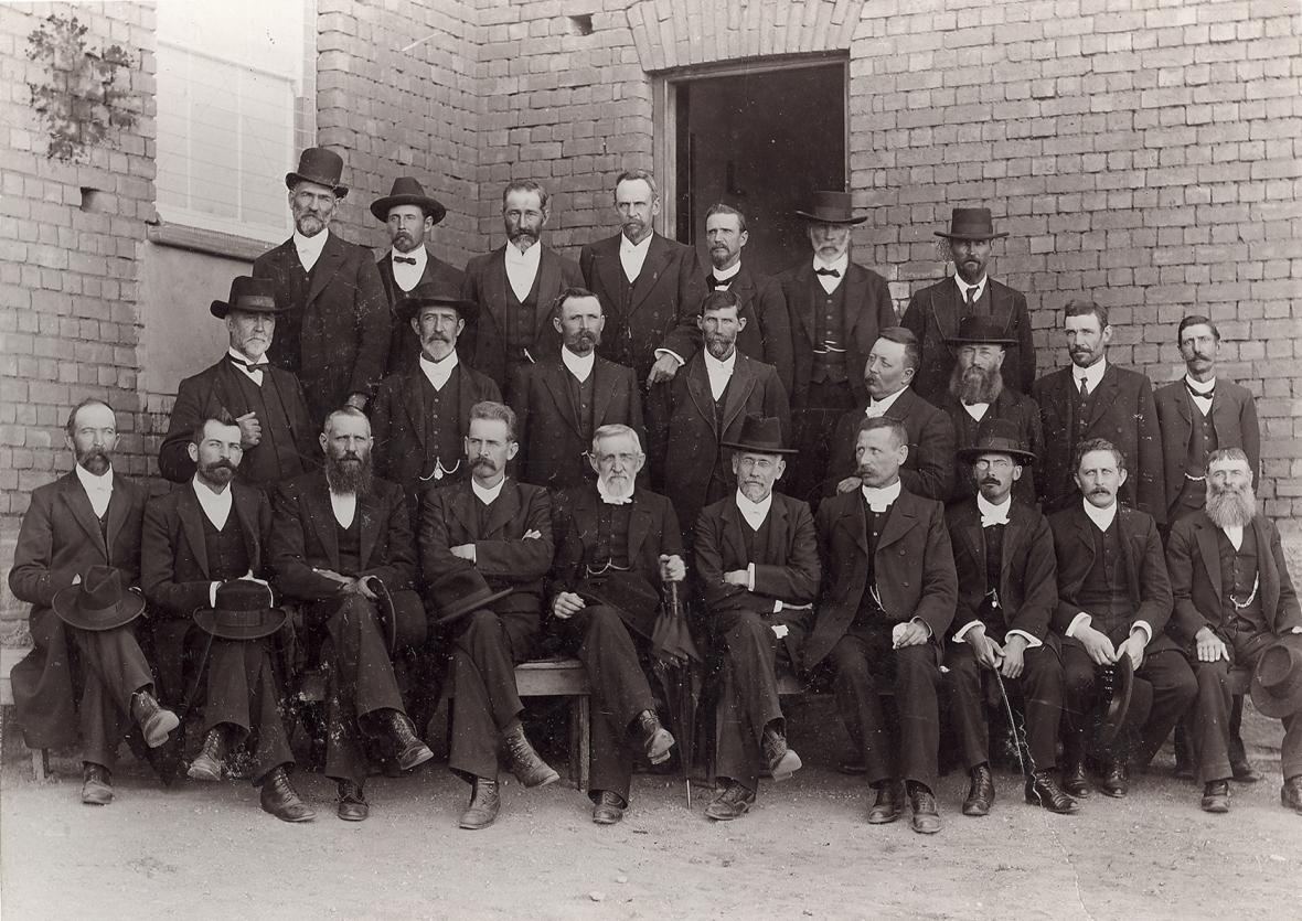 Algemene_Vergadering_van_die_Gereformeerde_Kerke_in_die_OVS,_1912.jpg