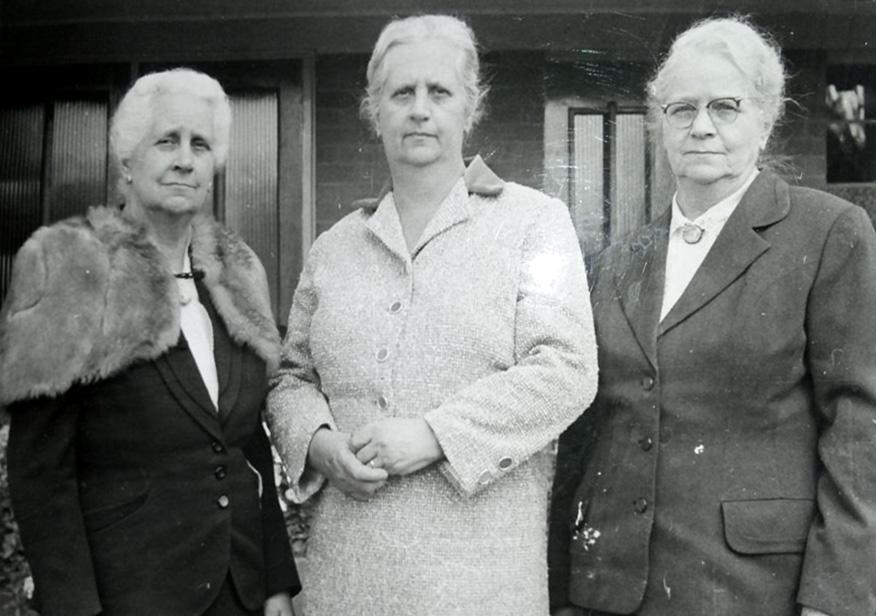 Leni Vorster, Liberta Venter en Miemie van der Walt.jpg