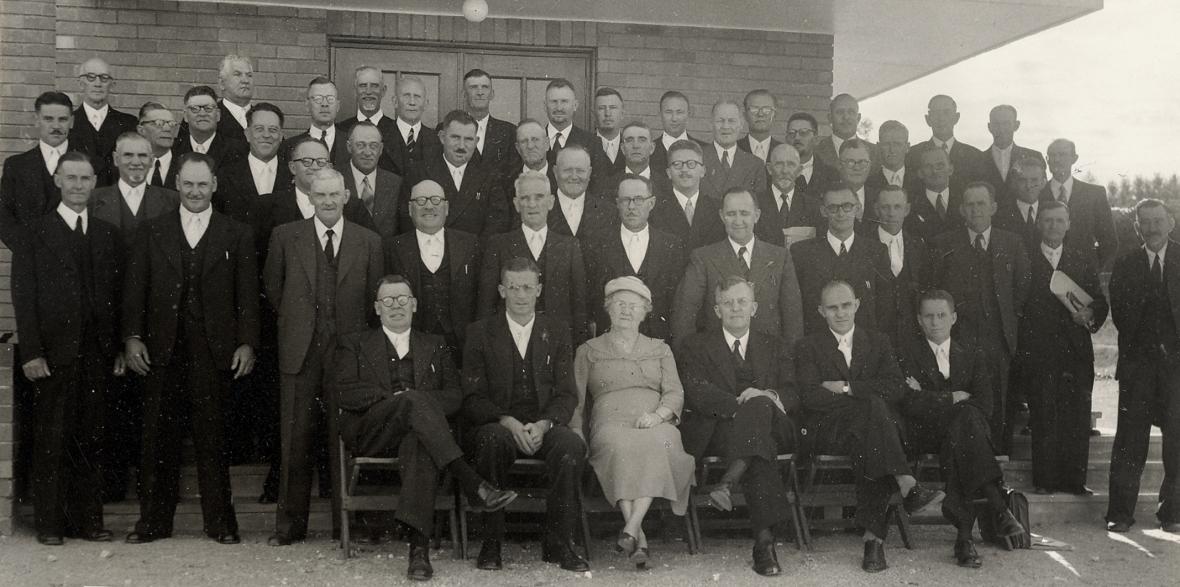 Partikuliere_Sinode_Kaapland_van_die_Gereformeerde_Kerke_in_Suid-Afrika_op_4_Maart_1954_in_Windhoek_byeen.jpg