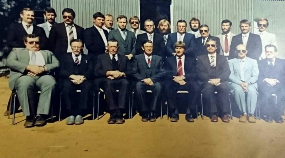 Kerkraad_van_die_Gereformeerde_kerk_Drieviersboom_met_die_50-jarige_viering,_Julie_1988.jpg