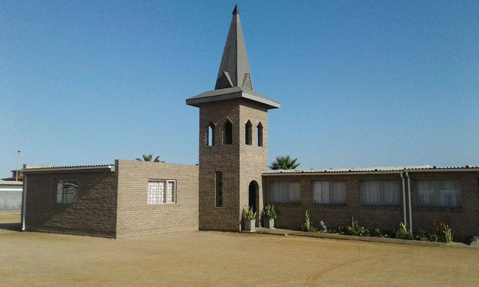 Gereformeerde kerk Hentiesbaai.jpg